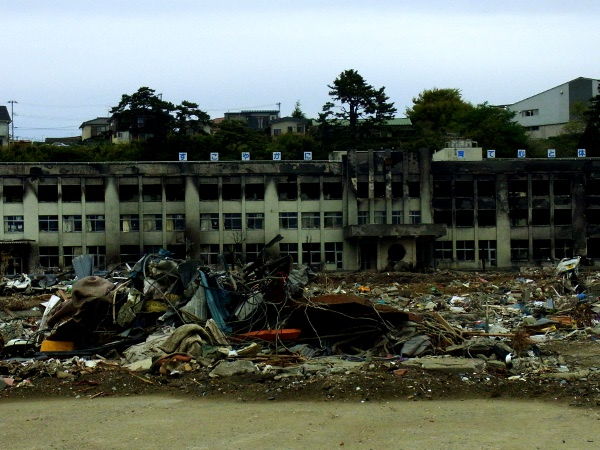 宮城県へ被災地支援(2011.05.10)